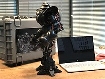 Approximately 14 inches high and weighing in at 2.2 Kg, the new Moorebot Zeus robot is a fighter specifically designed for battle competition.