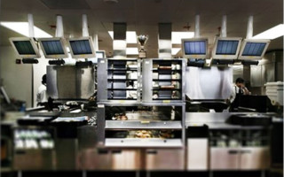 Case Study: Providing Smart Hygiene Control in Food and Pharmaceutical Processing Plants
